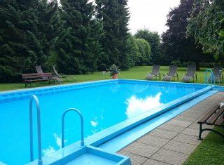 Tirolerhof Swimming pool, St Georgen im Attergau