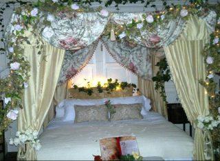 Mary Poppins Christmas at Tissington Hall, Derbyshire - Flowery Bedroom (NCN1)
