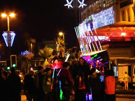Torquay at Christmas crowds, Devon ©English Riviera Tourism Company