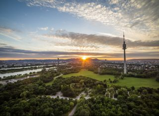 Austria, Vienna, sunset, cityscape, danube tower © Osterreich Werbung, Photographer Filmspektakel.at