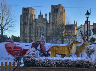 View from the Swan Hotel in Wells, Wells Abbey, Somerset (KWY-NCN)