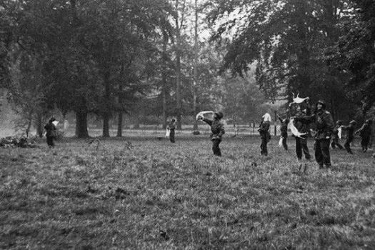 A photograph of soldiers from the airbourne museum, Holland - battle of arnhem (email NCN)