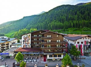 Sporthotel St Anton - exterior and view