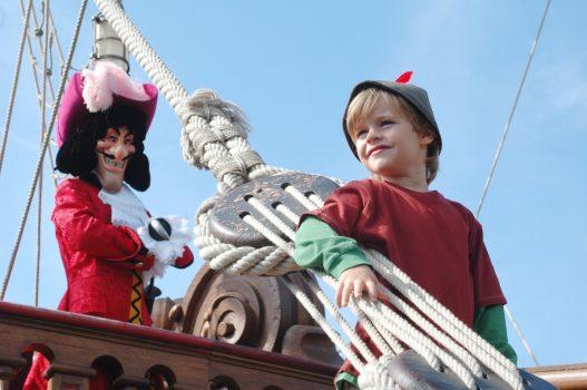 Captain Hook with Boy ©Disney
